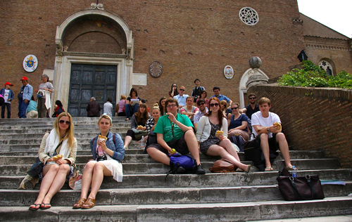 Group of Art History students