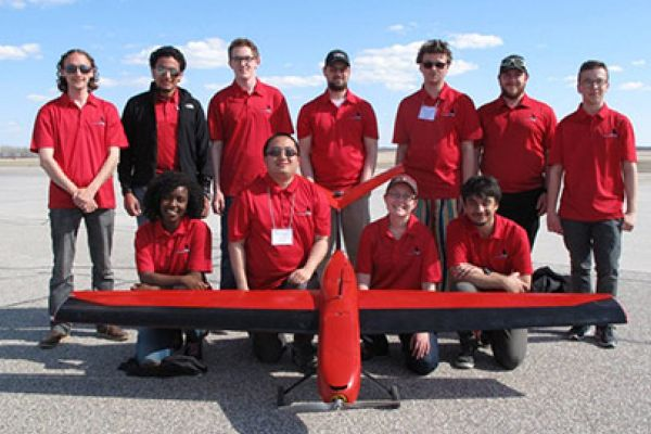 Read more: Carleton Earns Innovation Award at Unmanned Systems Canada Student Competition