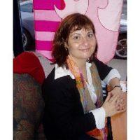 Photo of Lisa Mills