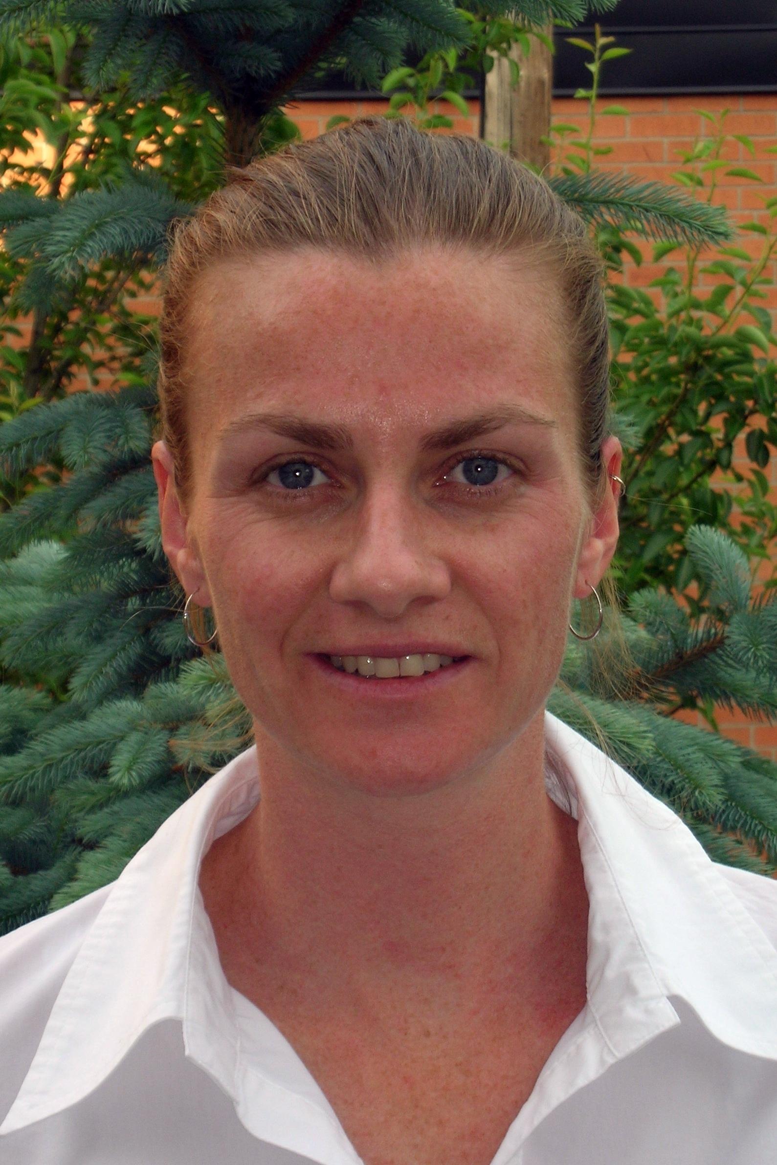 Photo of Carole Yauk