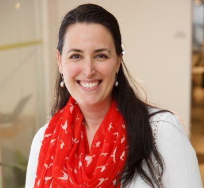 Portrait of Karine Diedrich.