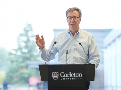 Photo for the news post: Mayor Jim Watson Visits Carleton Chapter of Engineers Without Borders for Talk on Sustainability