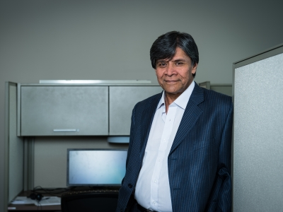 Photo for the news post: Systems and Computer Engineering Professor Shikharesh Majumdar appointed as Chancellor's Professor
