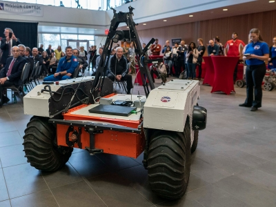 Photo for the news post: NASA Administrator Bridenstine Attends Rover Demo at Carleton