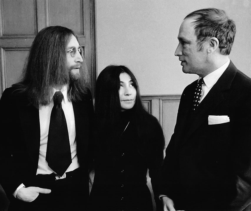 John Lennon and Yoko Ono meet with Trudeau, December 22, 1969.