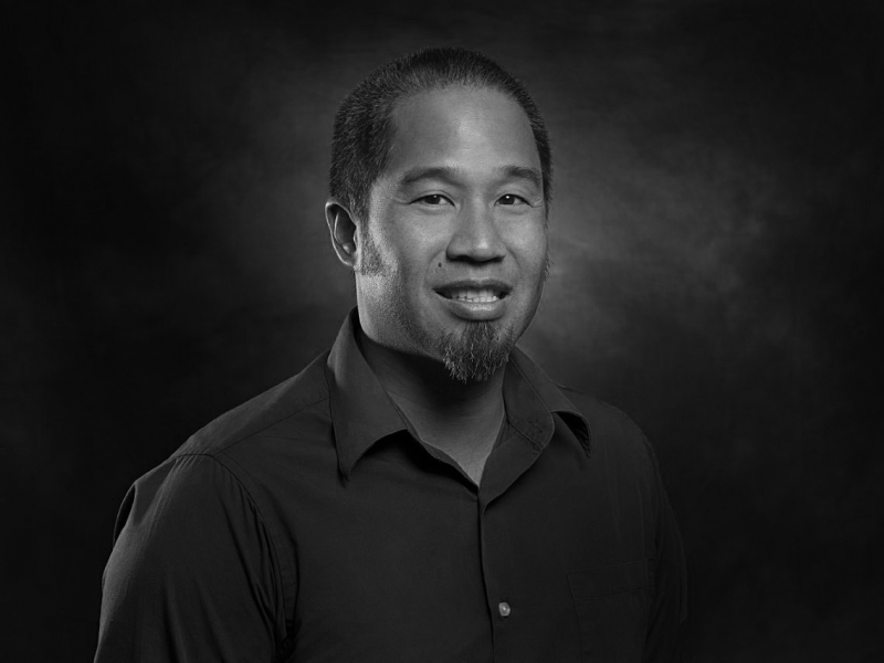 Dennis Kao, Social Work