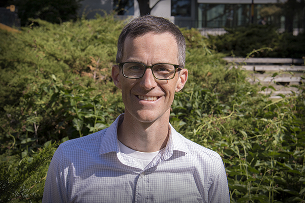 Read more: Environmental Policy Researcher Named to Royal Society