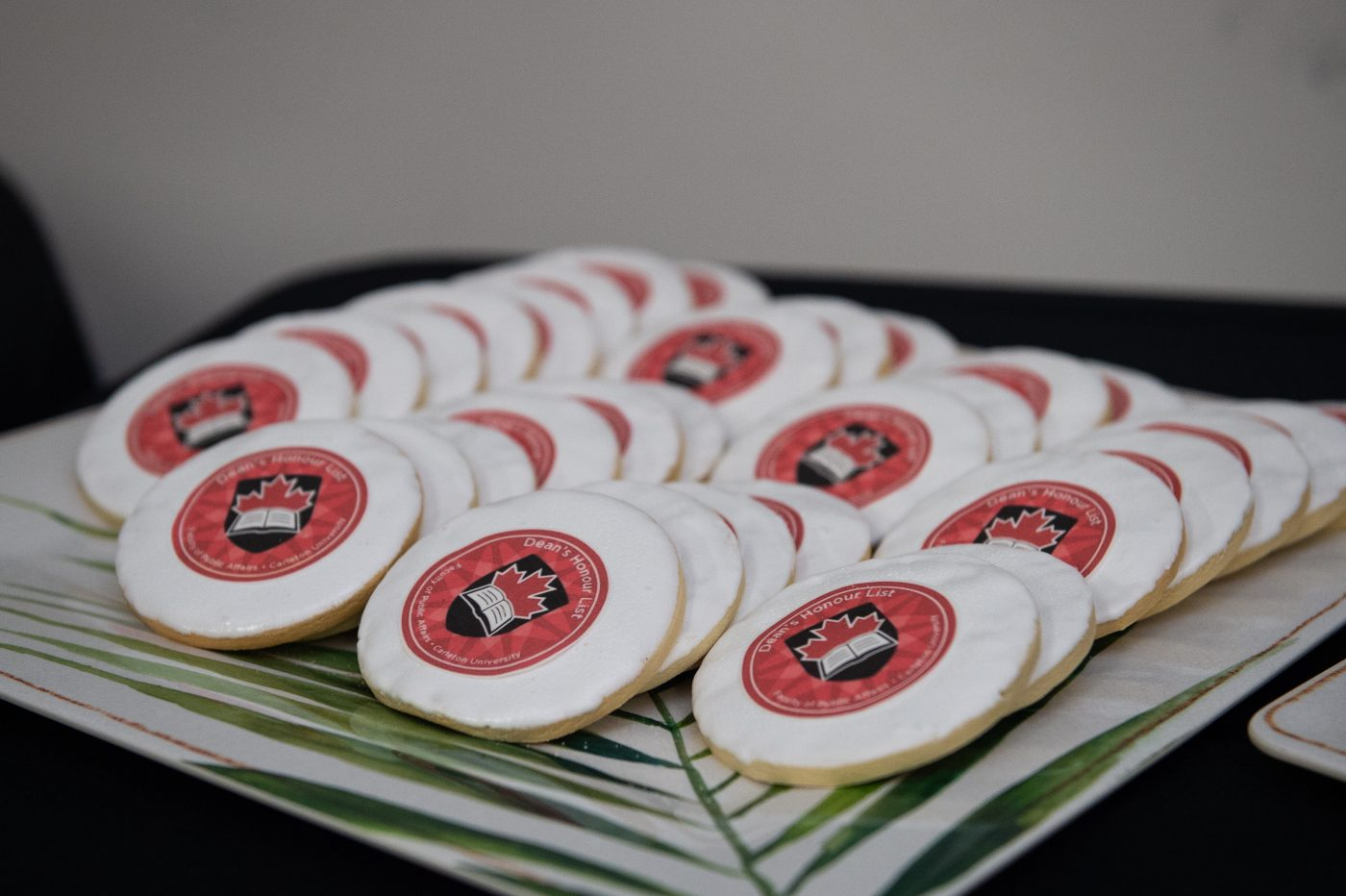 Cookies with the Dean's honour's list crest
