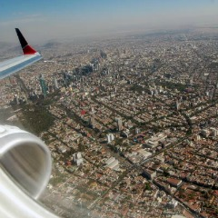 Flying-into-Mexico-City