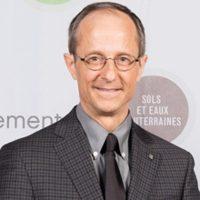 Profile photo of Yves Comeau