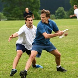 ultimate-frisbee.s600x600