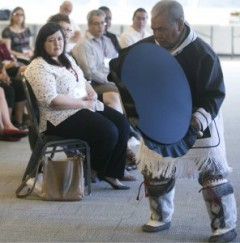 Inuk Elder David Serkoak performs a welcoming ceremony at the Carleton University Summer Institute on Aboriginal Research Ethics (photo: Chris Roussakis)