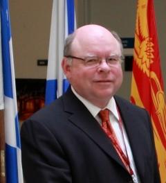 Picture of LinR lecturer Dr. Alan Mortimer
