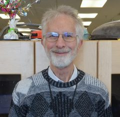 Picture of LinR lecturer Howard Simkover