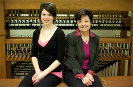 photo of Dianne and Anna-Sophie together at the practice carillon
