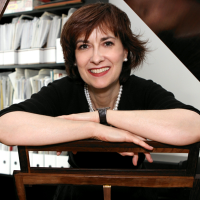 Profile photo of Cécile Desrosiers