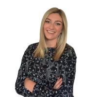 Profile photo of Amanda Deseure