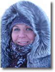 Headshot of Amanda in a hooded parka at -50 Celcius